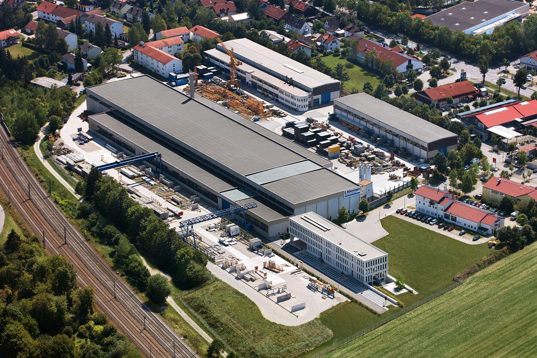 Hoenninger Zentrale Kirchseeon Luftaufnahme